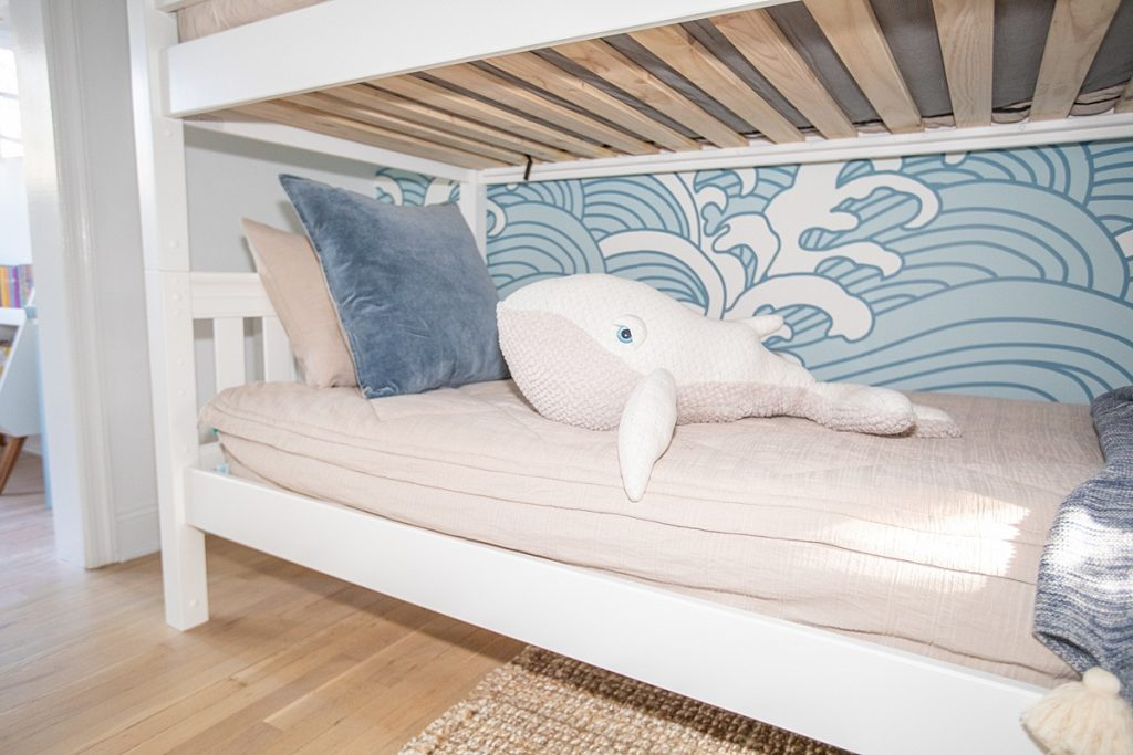 Maxtrix Quad Bunk Bed For Boy S Surf Themed Room Charleston Blonde